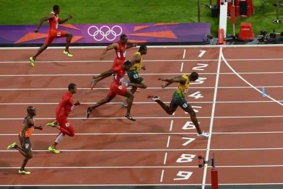 Juegos-Olimpicos-Bolt-cruza-la_54334139588_54028874188_960_639