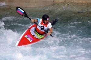 Slalom_canoeing_2012_Olympics_W_K1_SLO_Eva_Tercelj